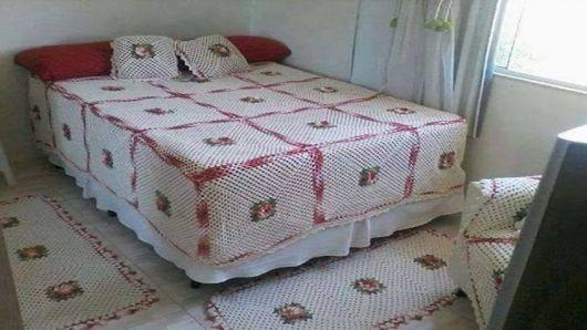 Colcha de Crochê de casal branca e rosa