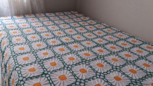 Colcha de Crochê de casal verde, branca e laranja