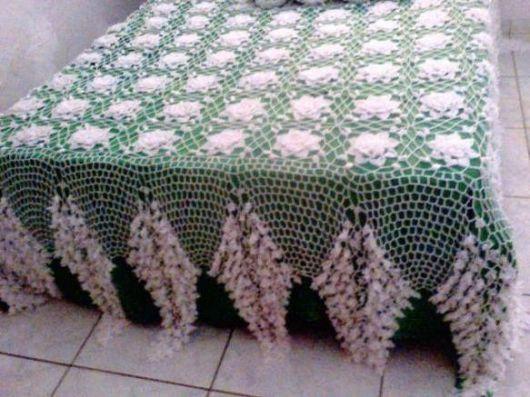 Colcha de Crochê de casal branca e verde