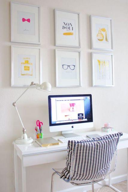 home office com escrivaninha simples