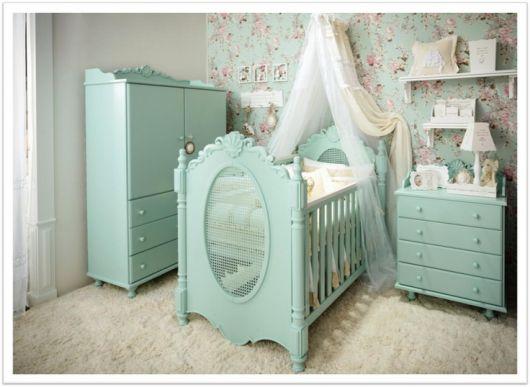 móveis coloridos quarto bebê