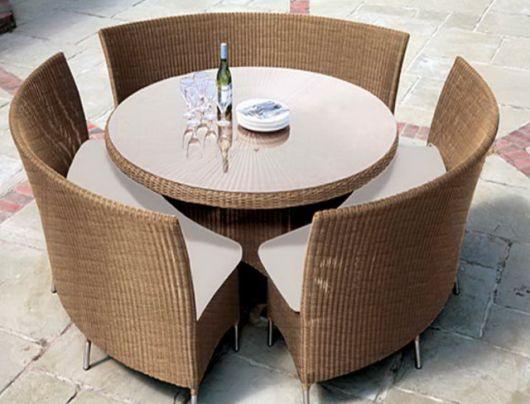 mesas de vime redondas com tampo de vidro