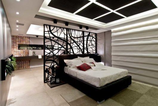 parede vazada minimalista em quarto