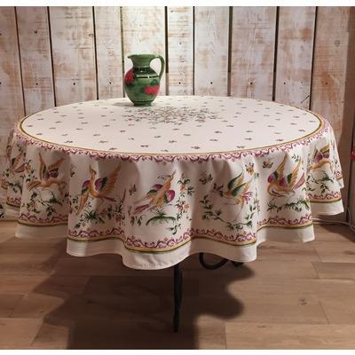 Toalha de mesa redonda estampada.