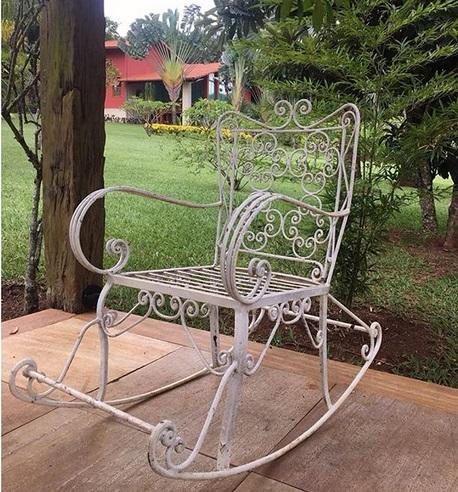 cadeira de ferro fundido