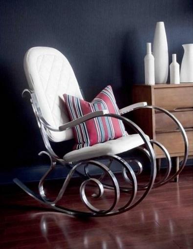 cadeira branca ferro