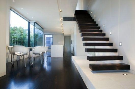 modelos de escadas pretas flutuantes