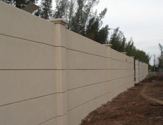 muro pré moldado bege