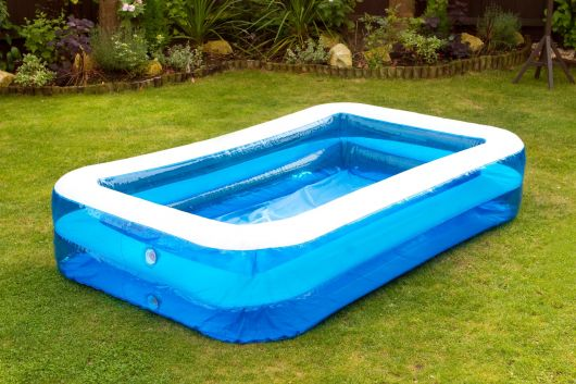 piscina retangular rasa