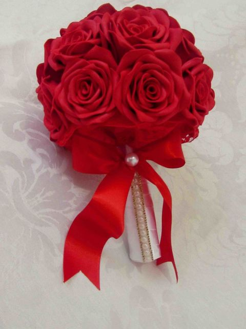 Rosa de EVA buque vermelho