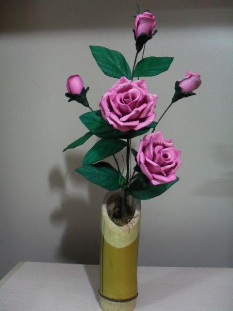 Rosa de EVA botão rosa