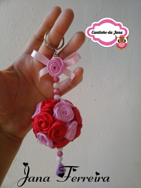 Rosa de EVA vermelha chaveiro