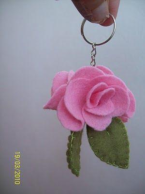 Rosa de EVA chaveiro