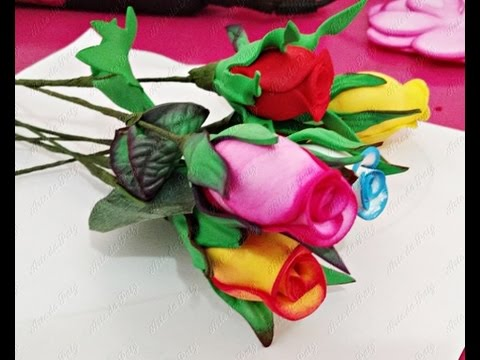 Rosa de EVA botão rosa, vermelho e amarelo