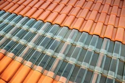 telhado com telha romana de vidro