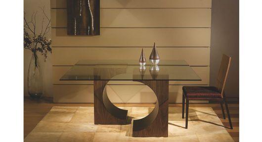 design das bases em madeira e tampo de vidro