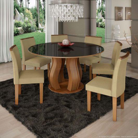 Ideia de mesa com tampo de vidro preto com base de madeira diferente