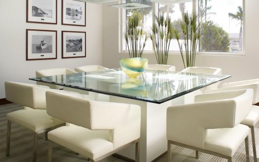 Bases brancas para mesa