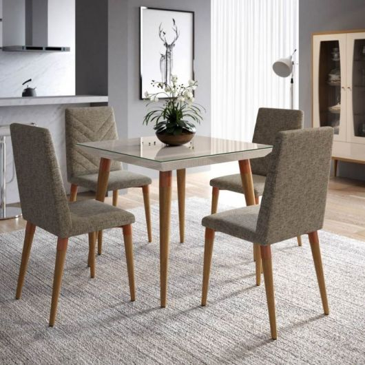Ideia de mesa com base para sala de jantar pequena