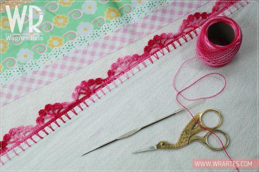 Bico de crochê simples rosa