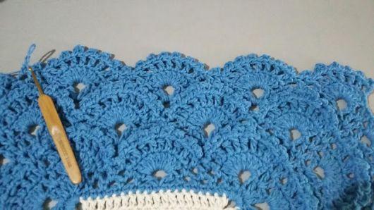 Bico de crochê rendado azul