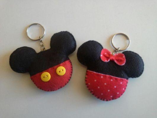 chaveiro de feltro Mickey com botões