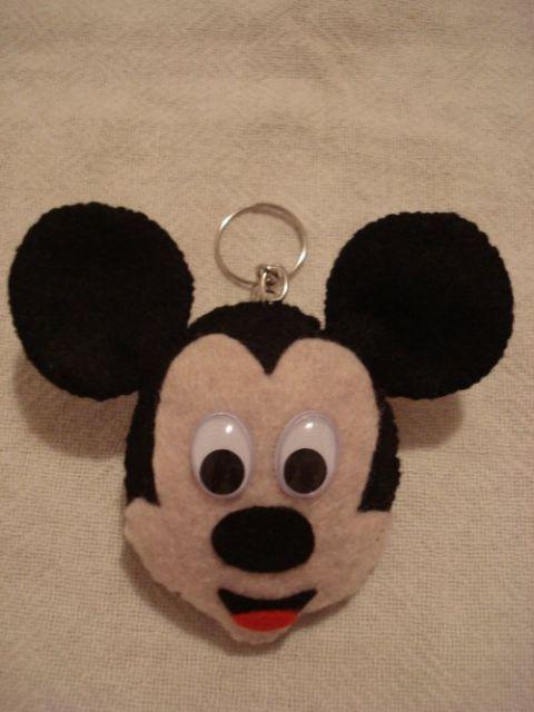 chaveiro de feltro rosto do Mickey