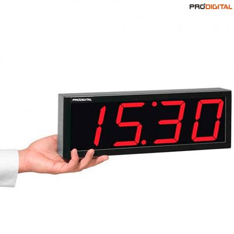 relógio digital preto.