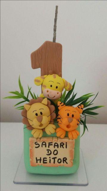 Vela de biscuit Safari com bichinhos