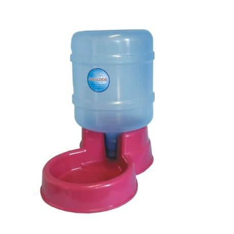 Dica de bebedouro para cachorro com mini galão de água