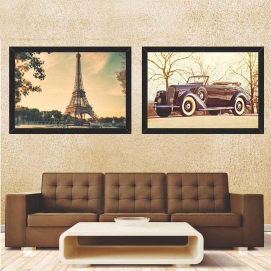 sala com sofá marrom e quadro decorativo de paris.