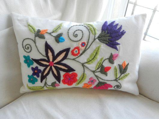 Crie decorações delicadas com o bordado mexicano
