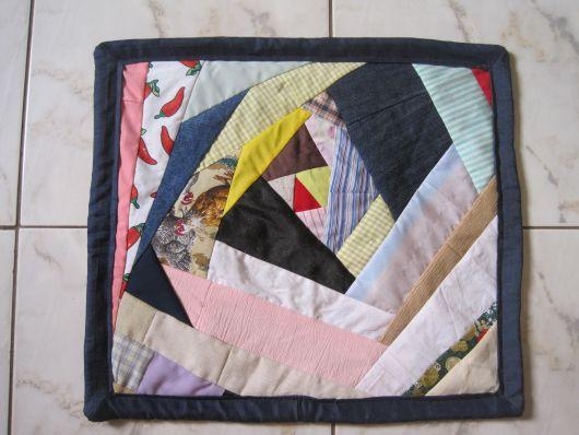 Use retalhos de tecidos para fazer tapetes de todos os tamanhos