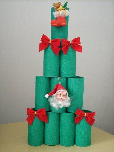 árvore criativa com rolo de papel higiênico