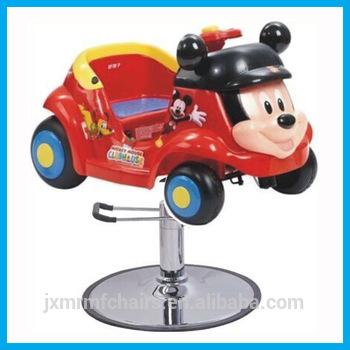 Carro em homenagem ao Mickey