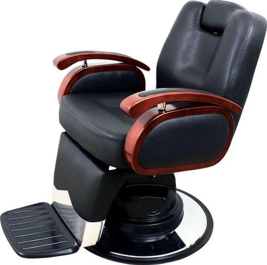 A cadeira de cor preta harmoniza qualquer ambiente