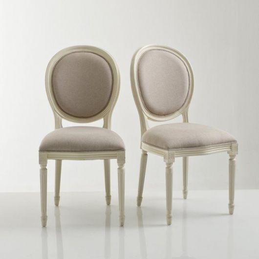 Cadeira medalhão simples sem braços