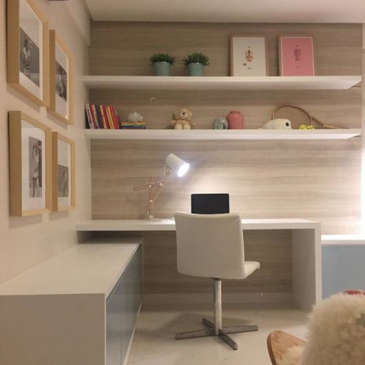 escrivaninha quarto