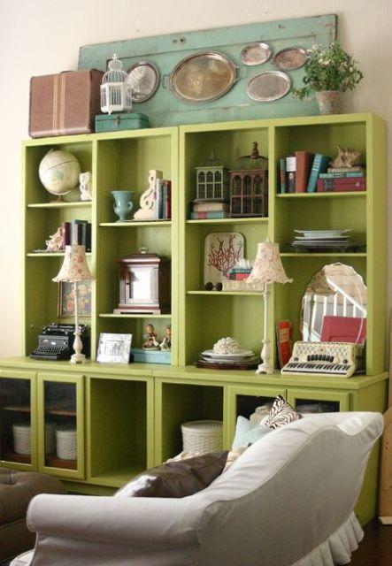 O estilo vintage de decorar sempre apresenta móveis coloridos