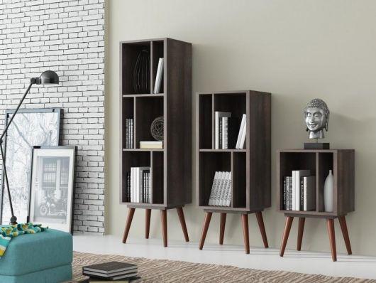 Que tal então fazer uma composição com três tamanhos de estantes retrô?