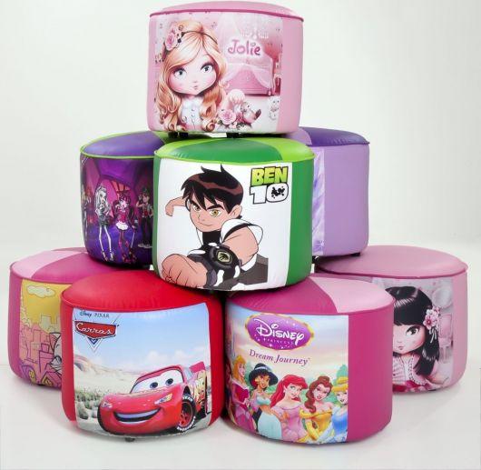 Puffs pequenos para crianças inspirados em personagens