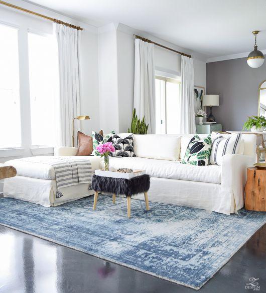 Opção de tapete azul mesclado com branco