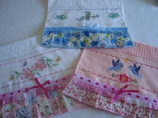 Kit de toalhas de lavabo bordadas