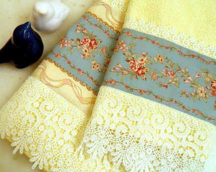 Dica de toalhas amarelas delicadas para lavabo