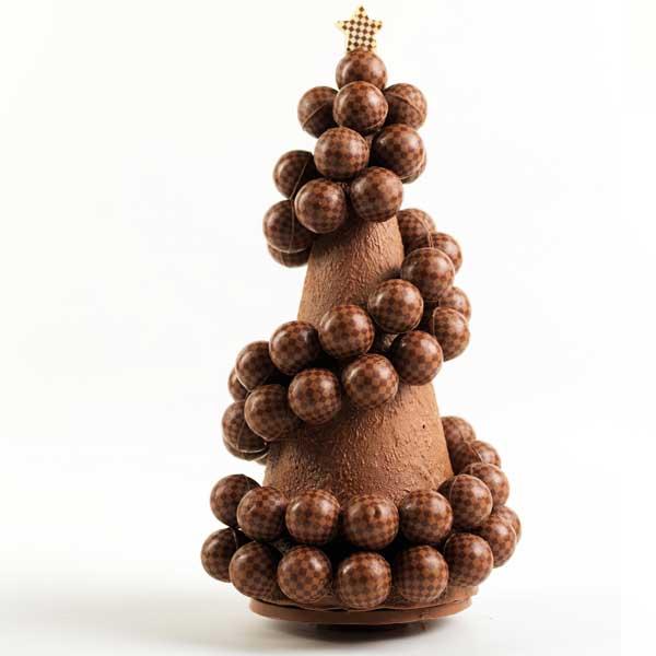 Árvore de Natal feita com trufas