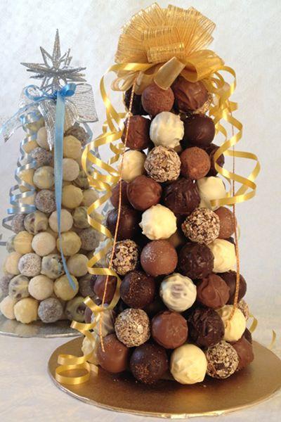 Use trufas de diversos sabores para fazer a árvore de natal
