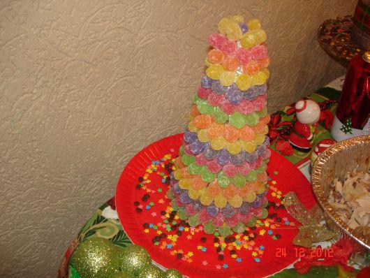 Decore a mesa de Natal com uma árvore de jujubas