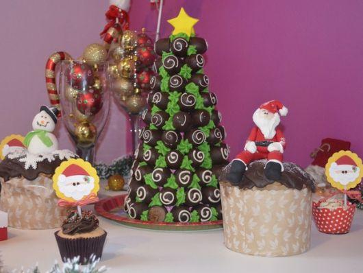Dica de árvore de natal com trufas para decorar sua festa