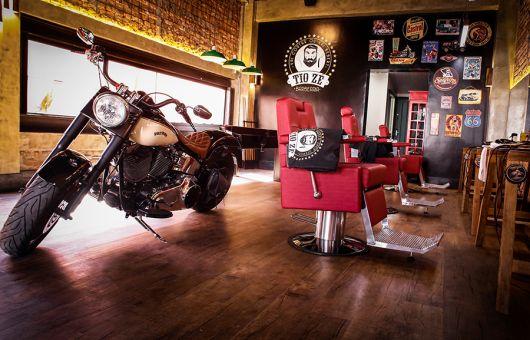 A motocicleta deixa o ambiente ainda mais sofisticado!