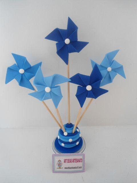 Cataventos em tons de azul, perfeita para festas de menino